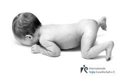 Neugeborener Bauchlage